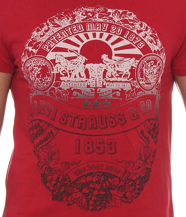 Levi's Stylish Red T- Shirt