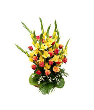 "12 red roses in a glass vase and 3 kg. fresh fruits basket with 6"" teddy"