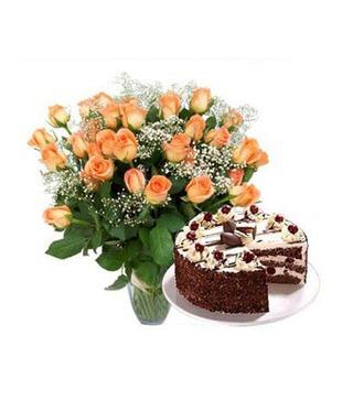 Roses N Cake Primary image
