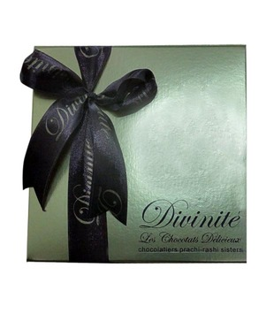 Exotic Fruit Crunch -Gold Box with ribbon (36 pcs of chocolates)