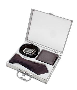 Firenzi Splendid Tie, Wallet   Belt Gift Set